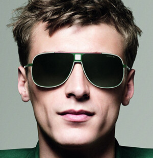 80th LACOSTE BIRTHDAY sunglasses
